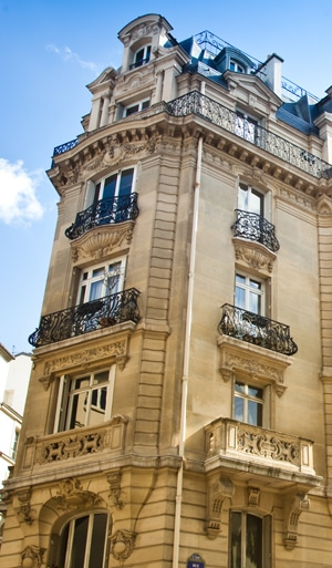 paris-building-thin